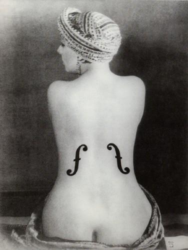 man-ray-le-violon-dingres-1924.jpg