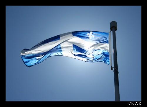 Le-drapeau-du-quebec[1].jpg