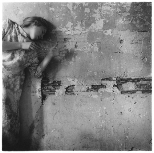 1238845934_francesca-woodman-untitled-new-york-1979-p140-web.jpg