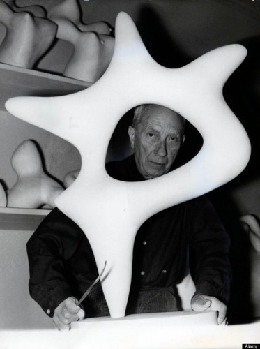 photo-of-jean-arp-with-sculpture-1358087921_b.jpg
