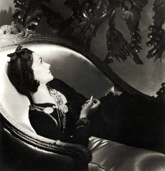 coco_chanel_by_horst_2211541725.jpg