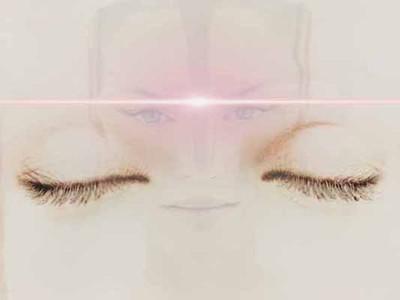 t-les_yeux[1].jpg